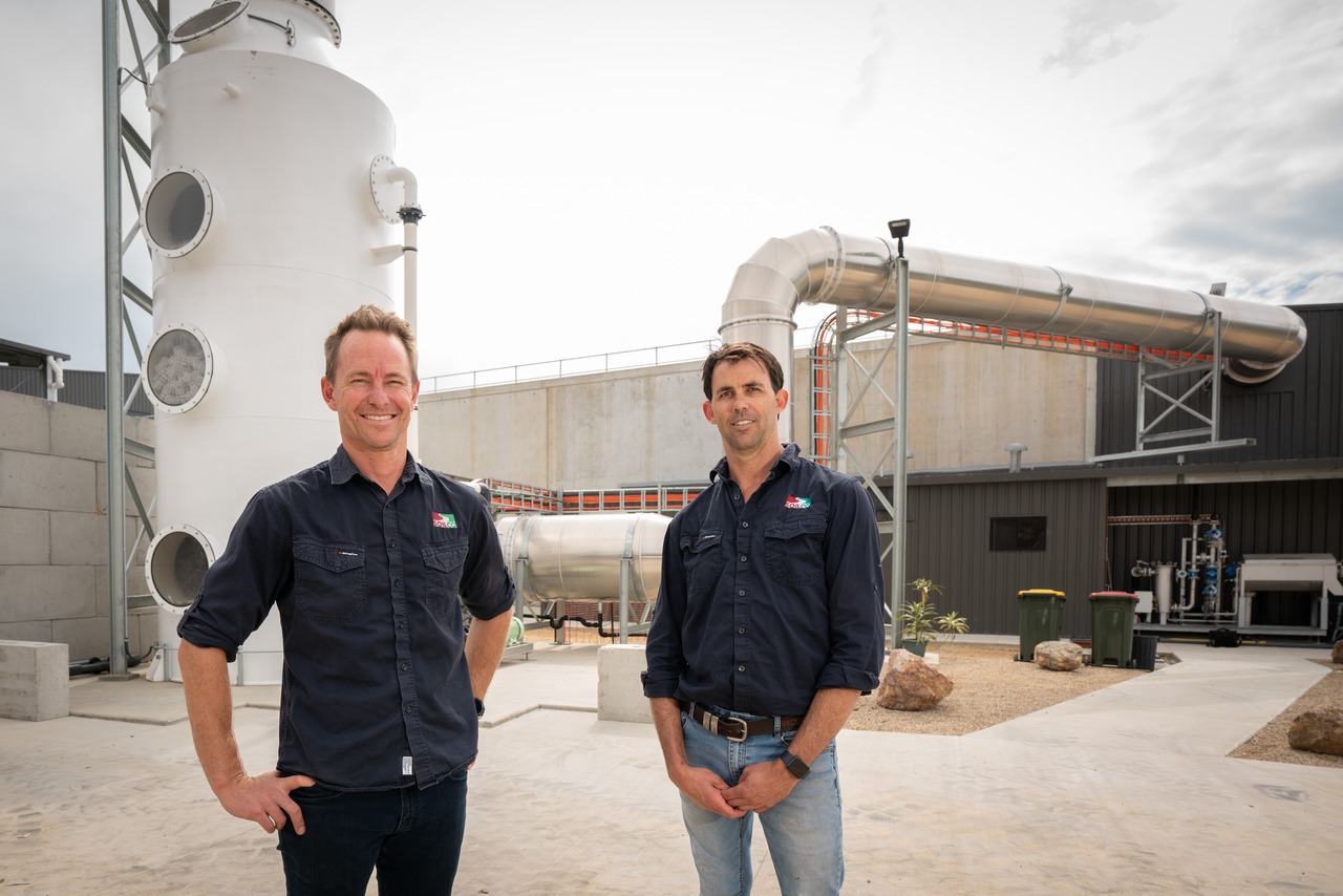 SOILCO-Director-Charlie-Emery-and-brother-Operations-Manager-Mark-Emery